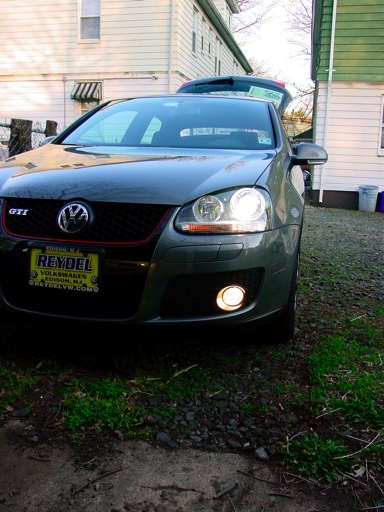 I Don T Ever Use My Foglights Except When It S Actually Foggy So Figured Would Get A Set Of Yellow Bulbs To Cut The Fog Bit